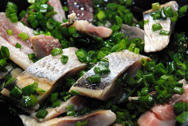 salted herring with onion